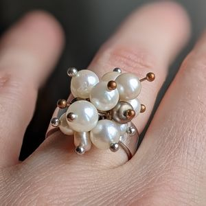 Atomic style Pearl Ring